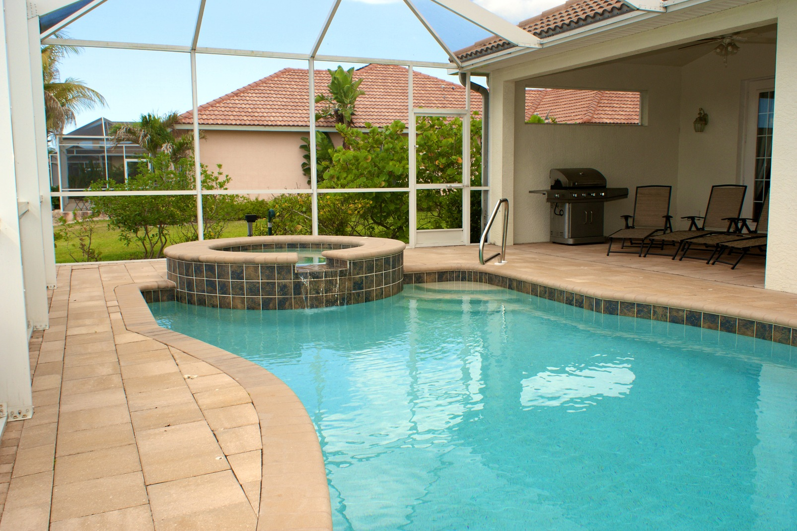 Should You Repair Or Replace A Damaged Pool Enclosure