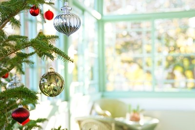 Learn How to Make the Most of Sunrooms This Holiday Season